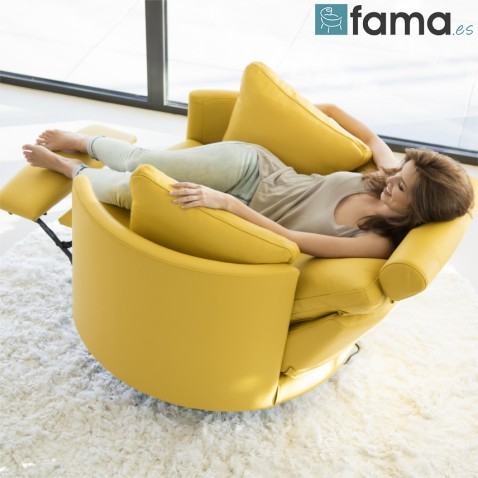 FAMA MOON CHAIR - 20% OFF IN OUR WINTER SALE