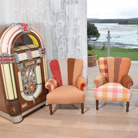 HAVE A QUIRKY LOOK AT OUR UNIQUE SOFAS & CHAIRS