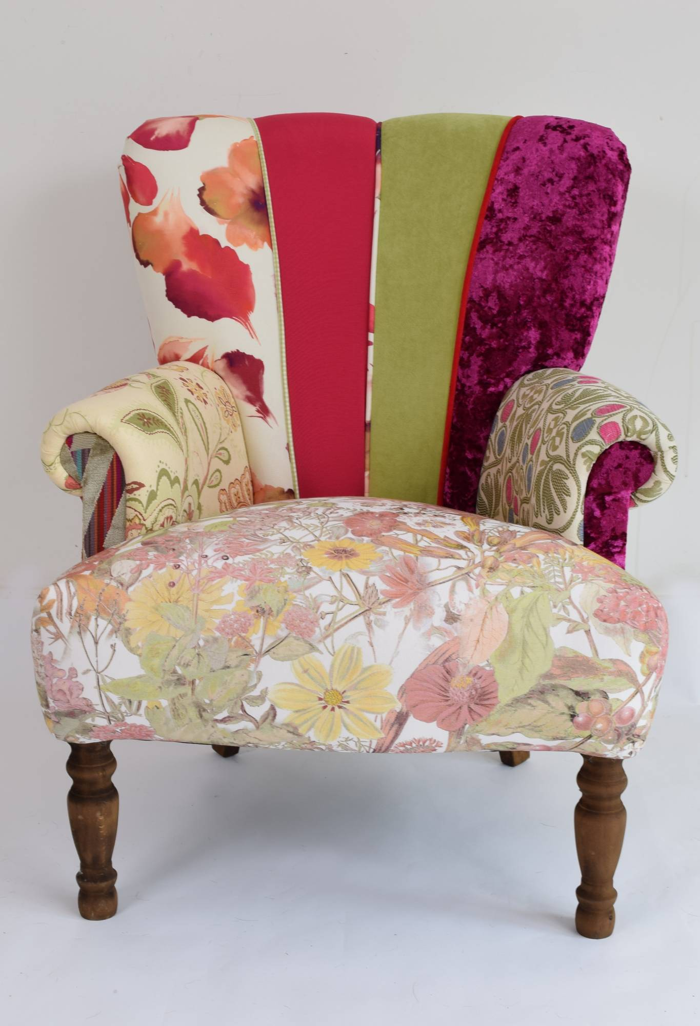 Quirky harlequin chair 134 bedroom furniture for Quirky furniture
