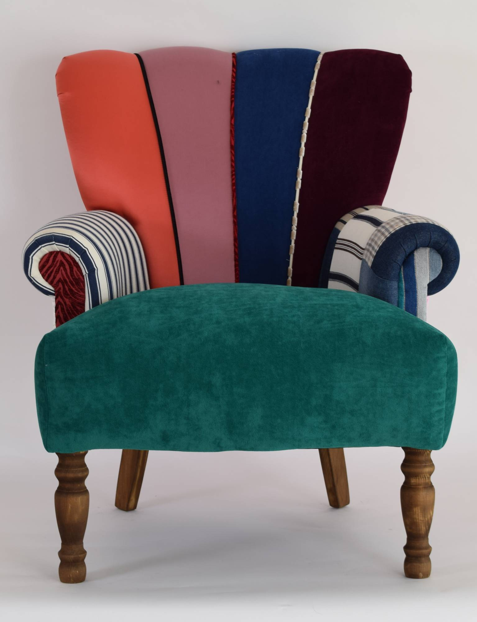 Quirky harlequin chair 177 bedroom furniture for Quirky furniture