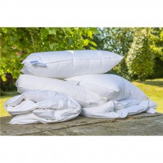 Peter Betteridge Bedding White Goose Feather And Down Baffled Edge Pillow
