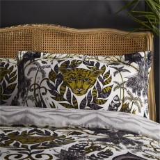 Emma Shipley Amazon Oxford Pillowcase