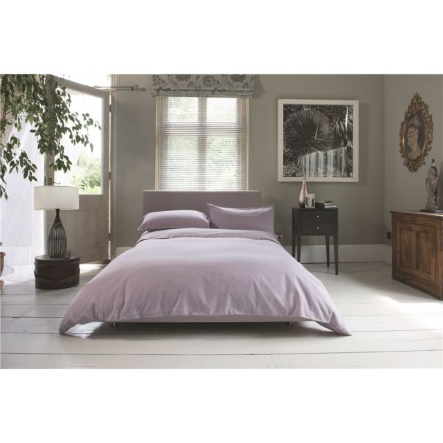 The Lyndon Company St Tropez Raspberry Duvet Set