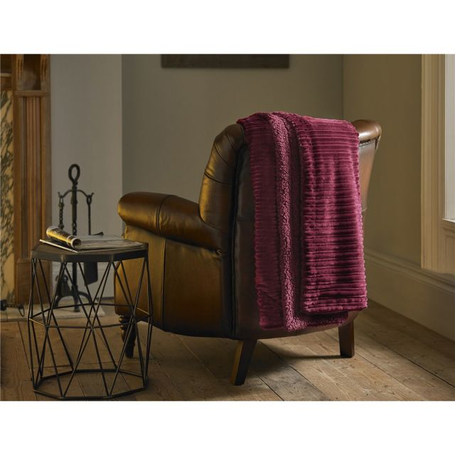 Deyongs Ribchester Ruby Throw