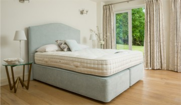Peter Betteridge Bed Collection Wool Supreme