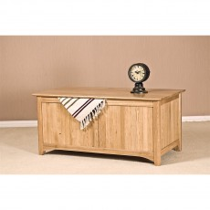 Our Furniture Carvalho Blanket Box