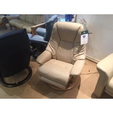 Stressless Live Chair Electric Recliner - Medium - Leather - CLEARANCE