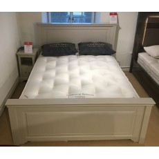 5ft Vispring Traditional Bedstead Mattress in a Soft/Medium Split Tension - CLEARANCE