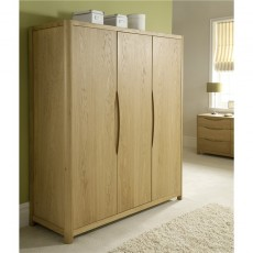 Winsor Furniture Ltd. Tempo Bedroom Collection 3 Door Wardrobe